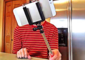 selfie-1323391_640