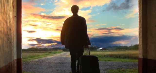 8 World-Tested Tips For Packing And Traveling Light